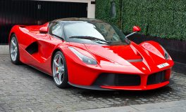 LaFerrari To Be Auctioned For Earthquake Relief