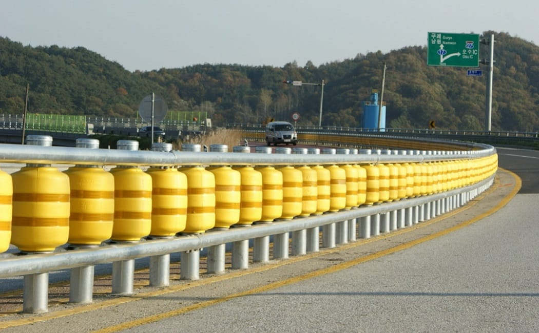 Wheels show the safety benefits of the roller barrier