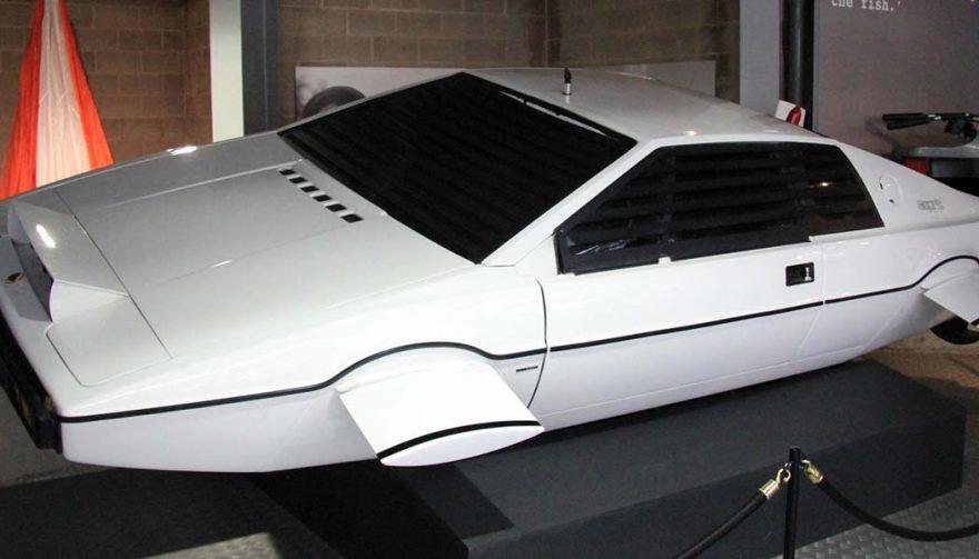 Bond's Lotus Esprit