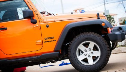 Jeep wranglers experience the jeep wobble