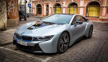 A BMW i8