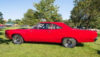 Muscle cars like this Plymouth Road Runner weren't designed to be great handlers.