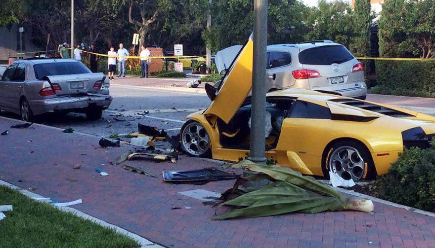 10 Mind-Bending Supercar Crashes