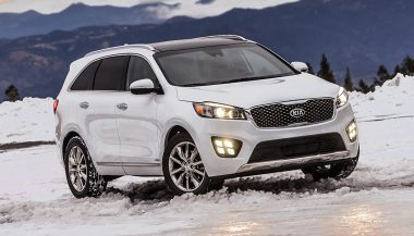 The 2017 Kia Sorento isn't a bad-looking car at first glance.