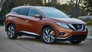A 2017 Nissan Murano shows the exterior similarities to the Lexus RS lineup.