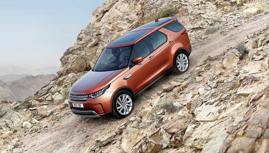 A 2017 Land Rover Discovery is versatile and luxurious on or off the road.