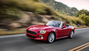 A new Fiat 124 Spider looks a lot like the Mazda Miata
