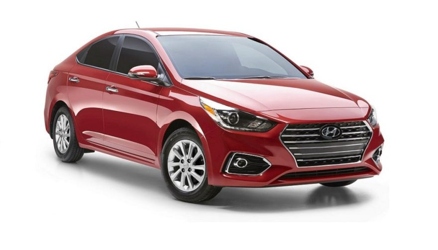 The 2018 Hyundai Accent steals design elements from the Elantra