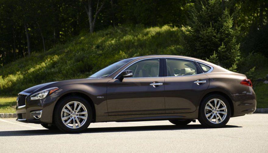 luxury hybrid cars premium brands get charged up. Black Bedroom Furniture Sets. Home Design Ideas