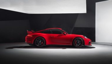 The 2018 Porsche 911 GT3 has a number of aerodynamic design features