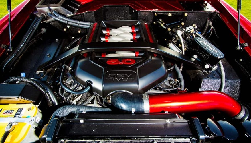 The engine in a custome 1976 Ford Bronco