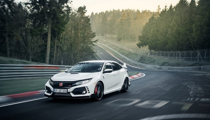 The 207 Honda Civic Type R on the Nürburgring race track