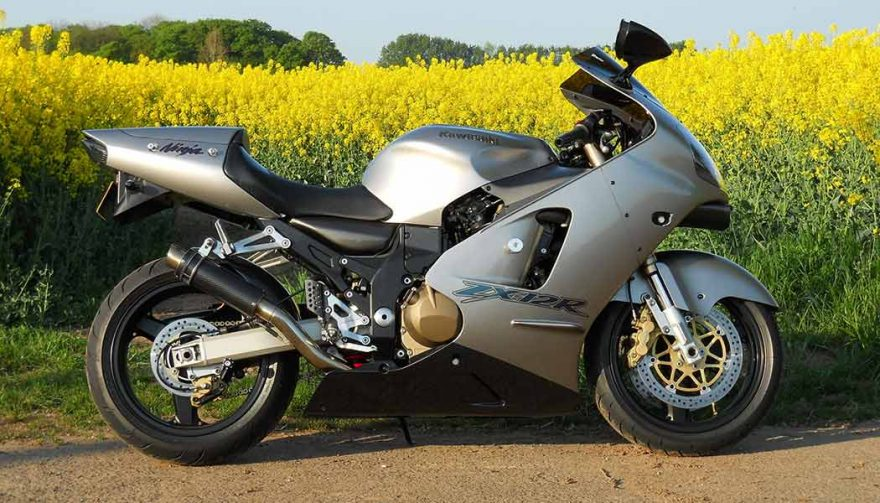 The Kawasaki ZX-12R has one of the fastest motorcycle 0-60 times