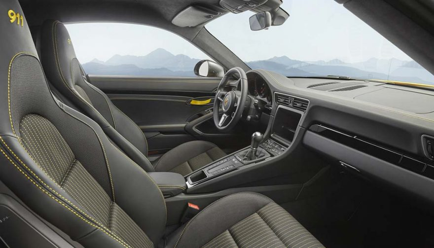 The Porsche 911 Carrera T interior