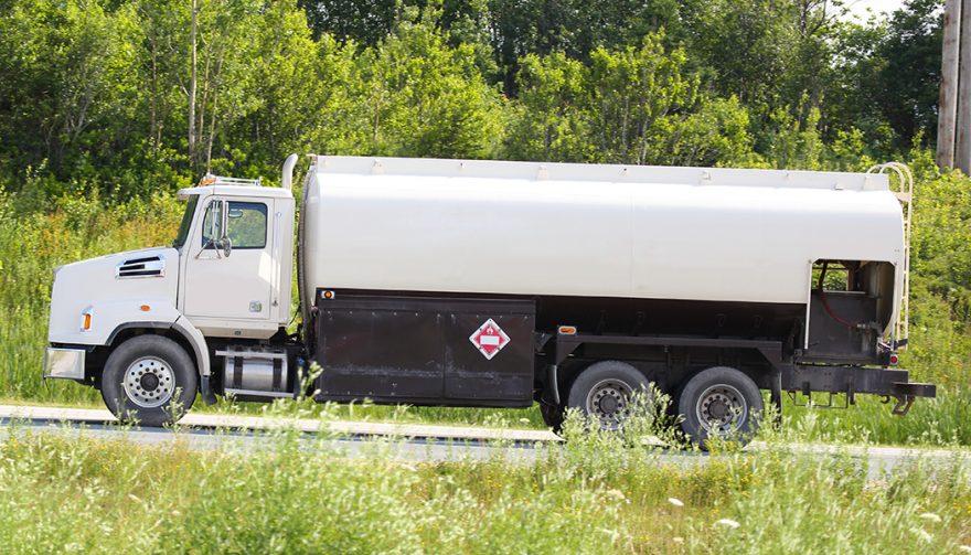 Types Of Fuel Trucks: Bobtail Fuel Tanker Truck