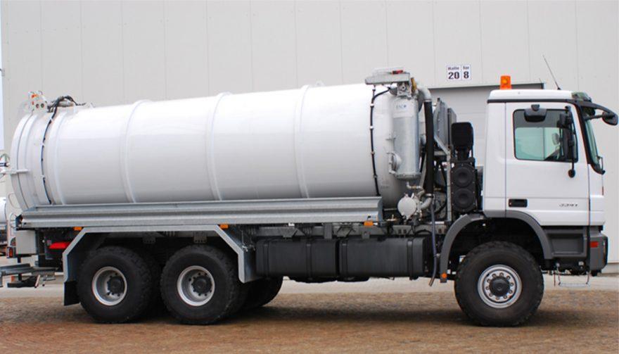 A Vacuum Truck: Types Of Fuel Trucks