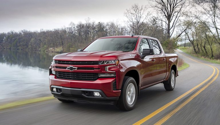 2019 Chevrolet Silverado RST Gets a 4 Cylinder Engine