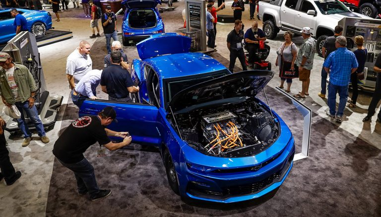 What they've developed is a track-slaying eCOPO Camaro Concept that blows the drag-racing doors wide open. Electric power is ideal for short and fast racing