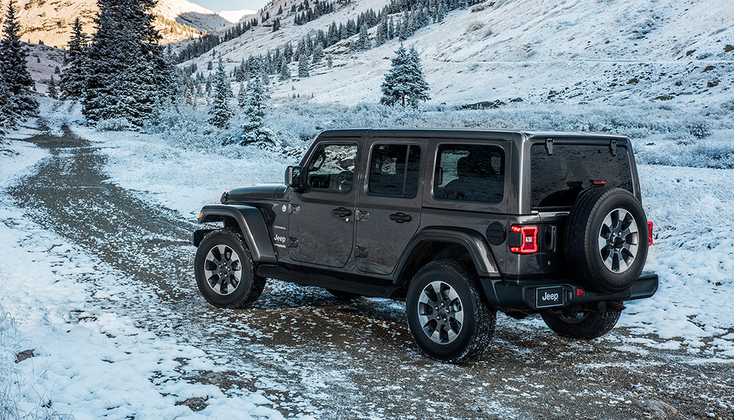 For its latest version, the JL-generation 2019 Jeep Wrangler advances on all fronts. It cleans up, but stays unmistakably Jeep.