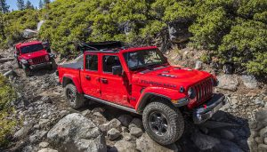 The 2020 Jeep Gladiator can do a little bit of everything. Off-road, hauling, towing, and family Sunday open-air drive, all-in-one.