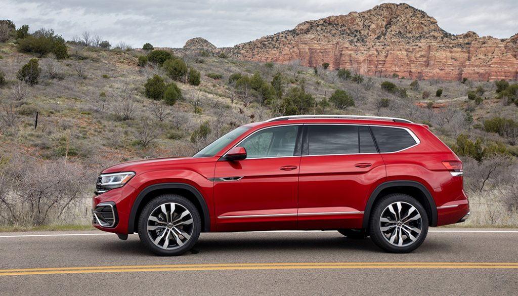 Needing lots of seats doesn't mean your budget's big. So 2020's cheapest three-row crossovers give you the seats you need at a price that's nice