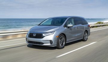 Upgraded looks, seats, and safety features all work to make the most popular minivan in the country even better for doing its job