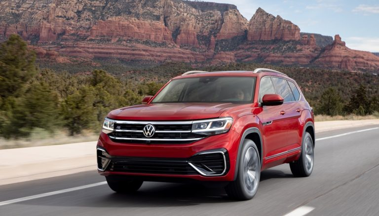 The 2020 Volkswagen Atlas is a big, comfortable family hauler that offers plenty of tech, good looks, and upscale amenities